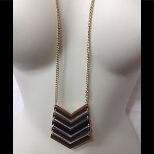Jewelry - Gold and silver pendant necklace